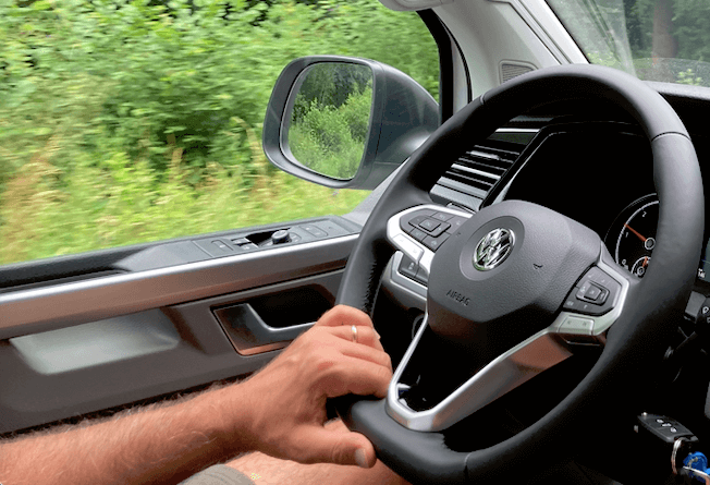 Location van aménagé Lille Valenciennes Mybiglittlevan Confort de conduite Volkswagen California 6.1